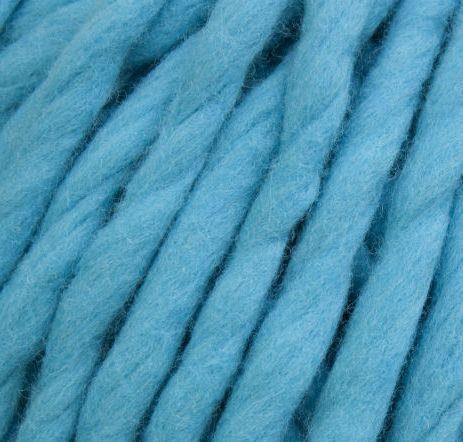 Товста пряжа ручного прядіння. 100% вовна 21-23 мкрн. Колір: Бірюза.