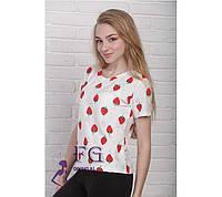 Женская летняя футболка «Клубника»