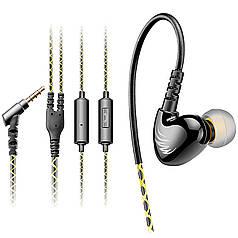Гарнитура COSONIC W1 черная спортивная для тренировок и пробежек с крепежем на ухе микрофоном кнопки вызова