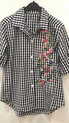 Стильная рубашка для девочки с вышивкой