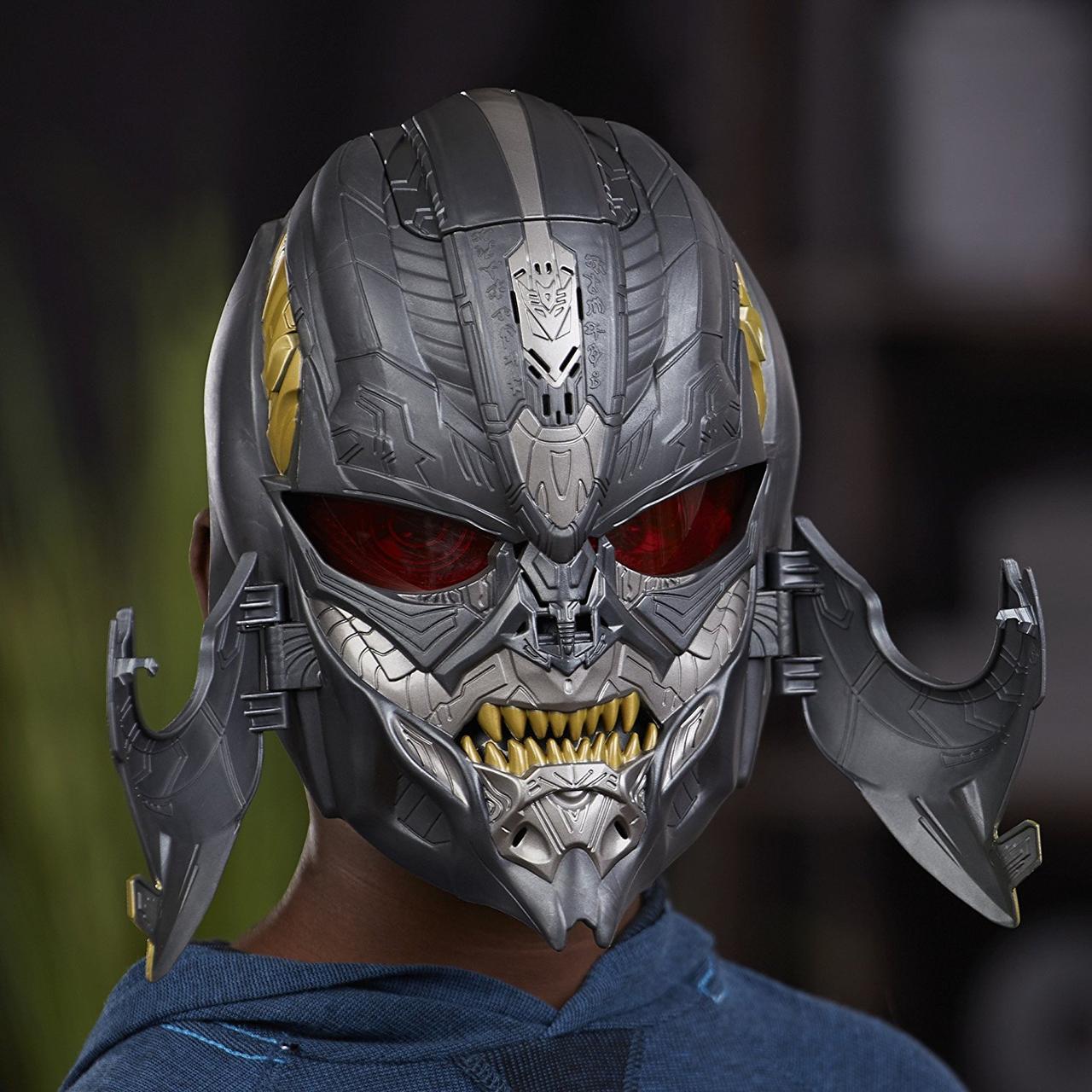Электронная маска Мегатрон 2в1, Трансформеры 5,Megatron Megatron Voice Changer Mask, Hasbro из США