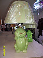 Лампа настольная детская, 1 лампа,  высота лампы - 32 см, диаметр абажура - 20 см.