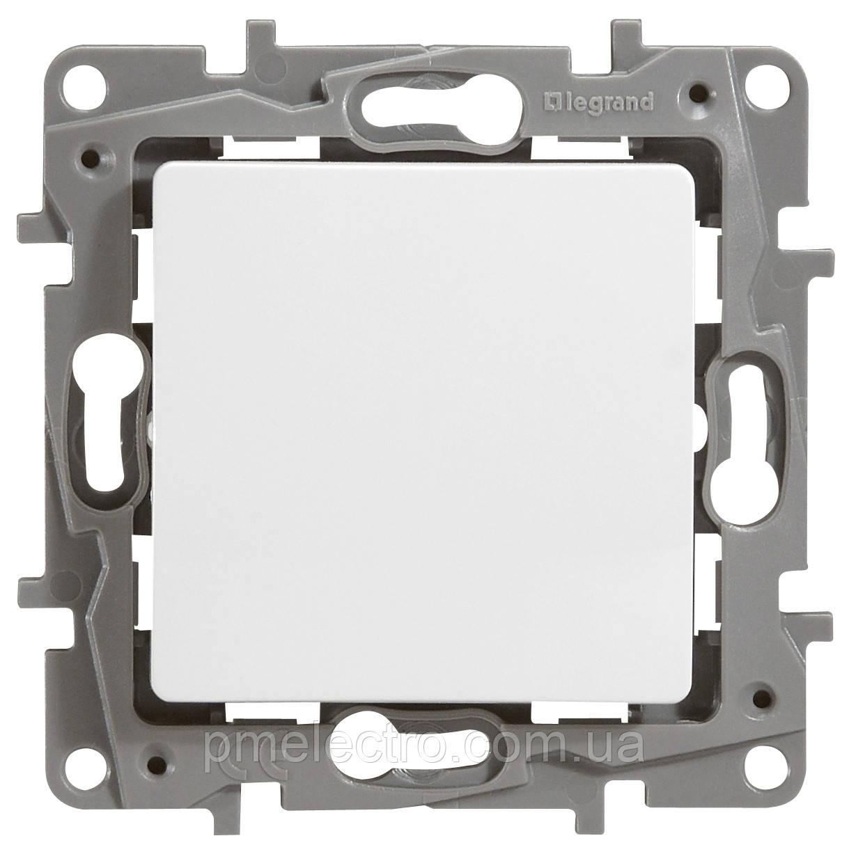 Выключатель 1-клавишный Etika белый 672201