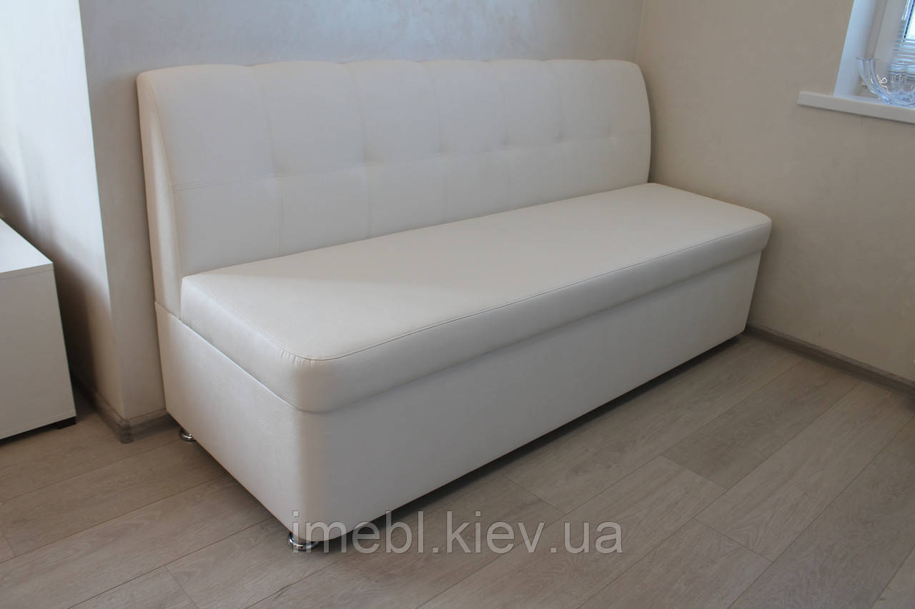 Кухонная мягкая скамейка в белом кож заме