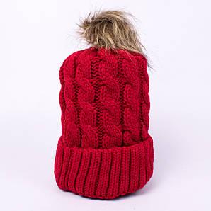 Женская вязаная шапка косичка с помпоном клюква CMF W18-03 02 cranberry