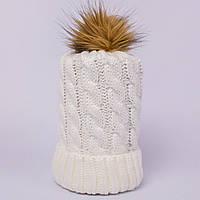 Женская вязаная шапка косичка с помпоном ваниль CMF W18-03 05 vanilla
