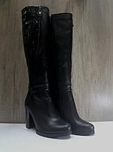 Чёрные женские сапоги еврозима Red qween из натуральной кожи.