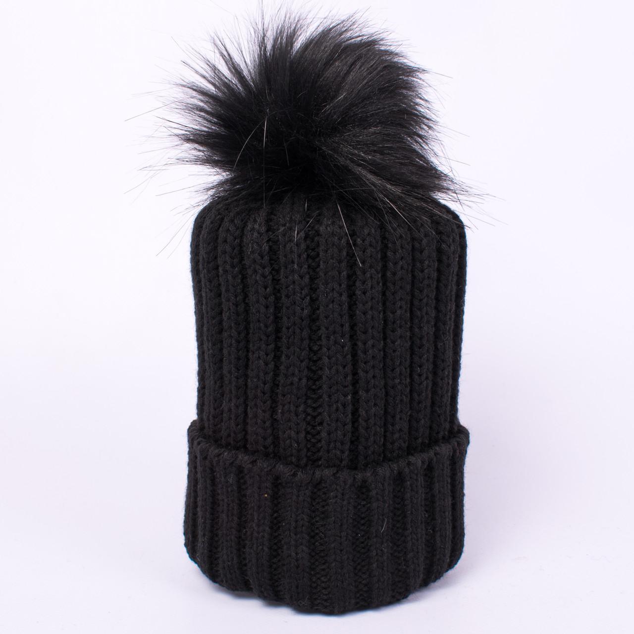 Женская вязаная шапка с помпоном черная CMF W18-12 09 NewYork