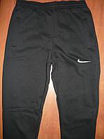 Мужские спортивные штаны Nike. На флисе. Без манжета. Черные