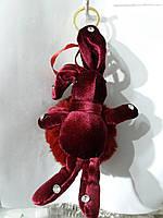 Бордовые брелки бархатные зайцы кролики с мехом, меховые брелоки оптом 302