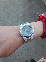 Часы электронные детские с секундомером и разноцветной подсветкой Raum Rot, фото 2
