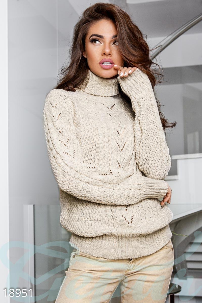 свитер женский светло бежевый вязаный гольф универсальный 999 грн