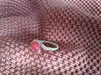 Кольцо с натуральным камнем нефрит (окрашенный) розовый цвет