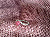 Кольцо с натуральным камнем нефрит (окрашенный) розовый цвет, фото 1