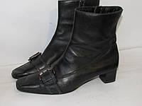 Красивые утеплены ботинки Германия 39р ст.25,5см H35