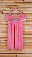 Розовое платье с вышивкой на кокетке