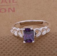 Красивое женское кольцо с фиолетовым цирконом р 15.5